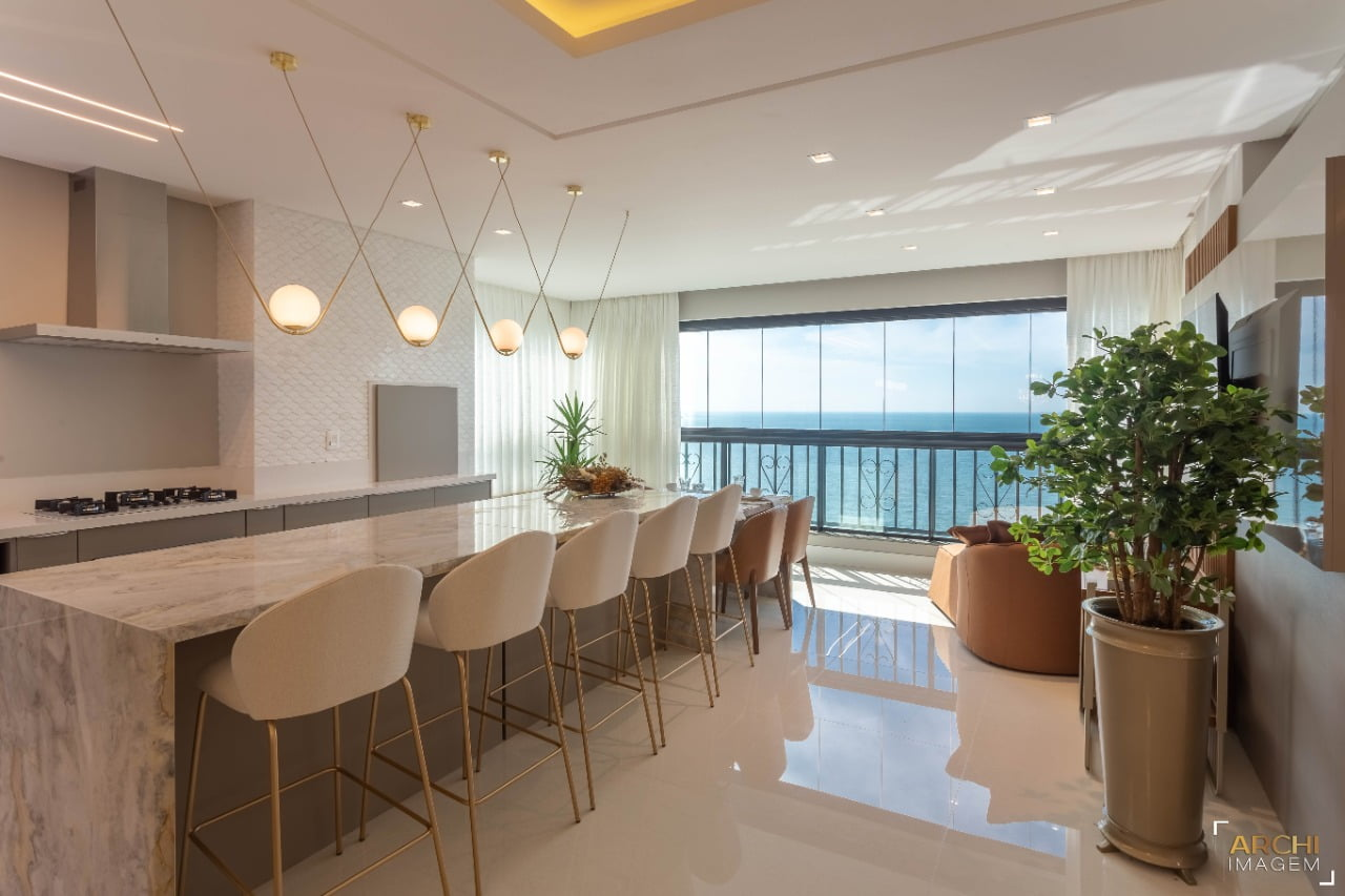 Belíssimo apartamento em Meia Praia – Itapema